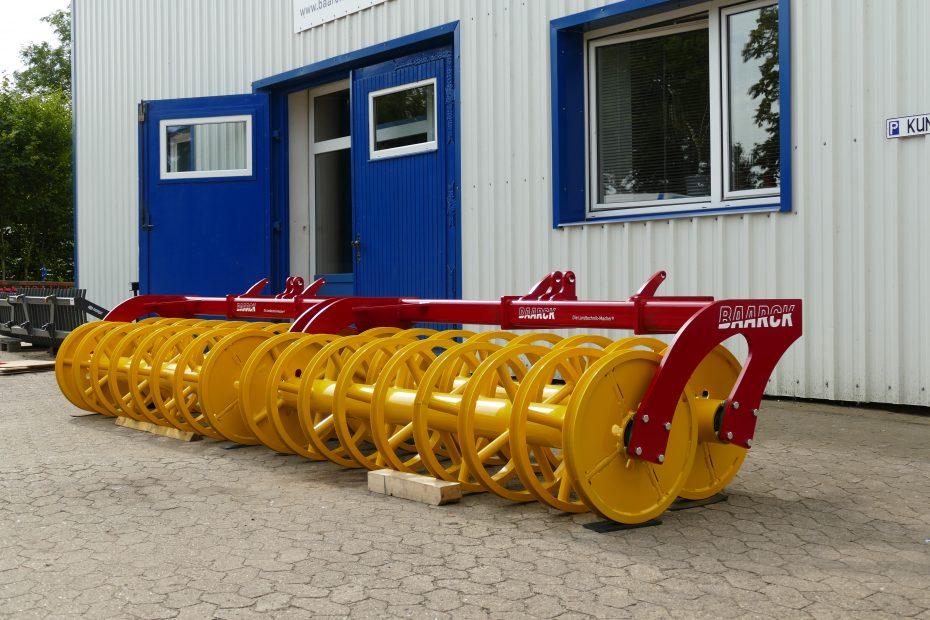 Doppelte U-Profilringwalze in Väderstad TopDown