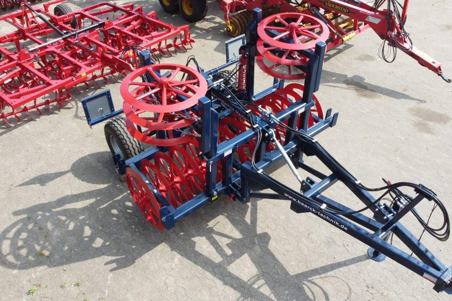 Pflug-Lotse 4 HF, 900er Ringe, Fahrwerk